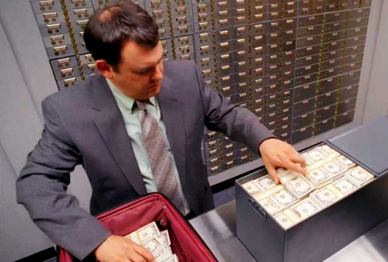 Передача денег через банковскую ячейку